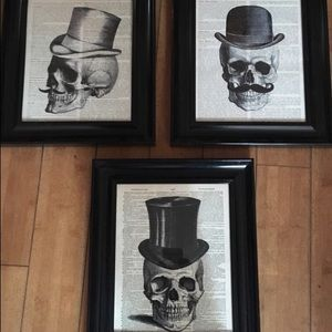 Mustache skull prints with frames
